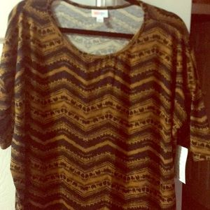 Large LulaRoe Irma black & deep gold!! NWT!!